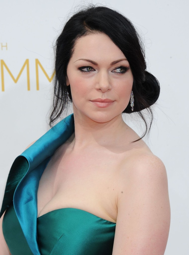 laura-prepon-at-2014-emmy-awards_5